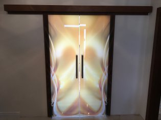 sklenené a drevenné interiérové dvere