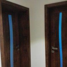 Dodanie dverí a zárubní