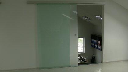 Posuvné sklenené dvere na mieru