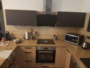 Drevená kuchyňa na mieru