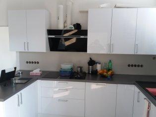 Lesklá kuchyňa