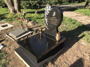 Srdcový urnový hrob