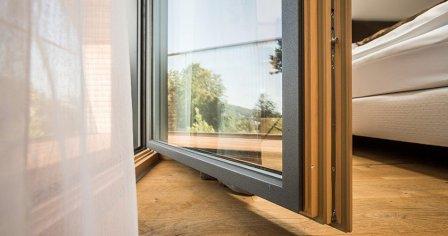 Oprava balkónových dverí