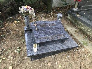 Urnový hrob Visage