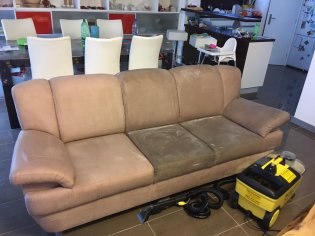 Tepovanie sedačky a taburetky