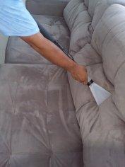 Upratovanie + tepovanie a čistenie koženej sedačky