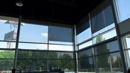 Zvislé veľkoplošné interiérové tienenie - Screen