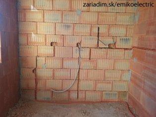 Montáž novej elektroinštalácie v bytovom dome
