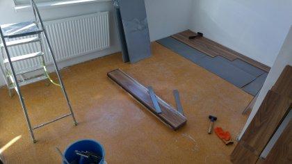 Plávajúca podlaha, osadzovanie dverí, zárubne - Devínska Nová Ves