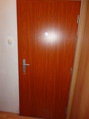 renovácia vchodových dverí a zárubní